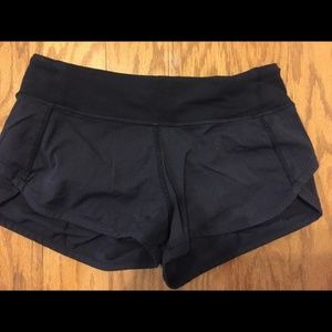 Ivivva Girls Speedy Short in black (size 10)